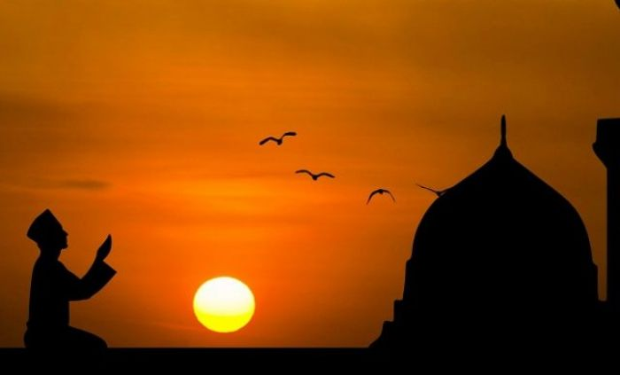 Jangan Tidur Lagi, Inilah Aktivitas Rasulullah Setelah Sholat Shubuh hingga Terbit Matahari