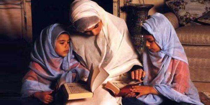 Ganjaran Besar dari Allah SWT untuk Orang Tua yang Merawat Anak Perempuan