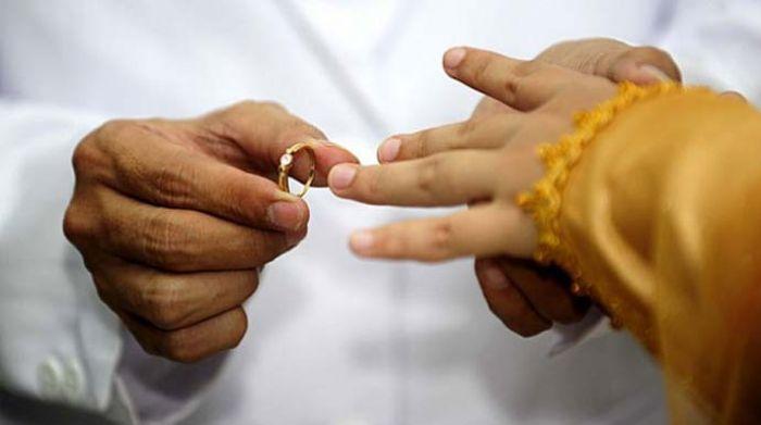 Bingung Mau Ngapain, Siswi SMP Pilih Menikah dengan Remaja 17 Tahun