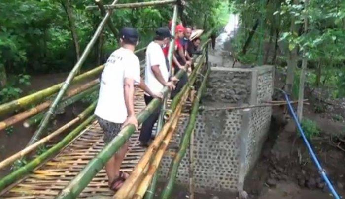 Warga Ungkap 'Aneh Banget' Jembatan Bambu Ponorogo Telan Biaya 200 Juta