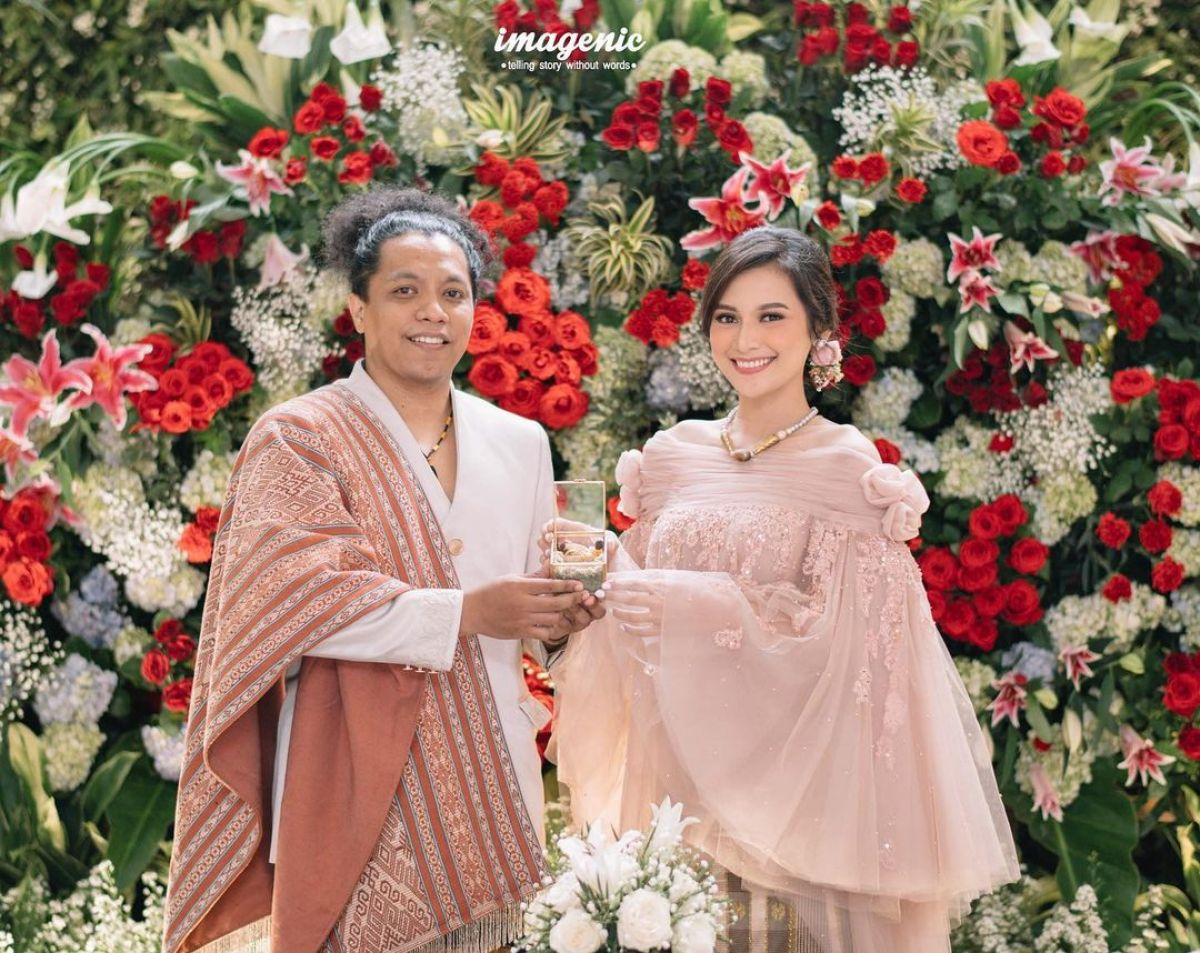 Nikah Tanpa Restu Ibu, Ibunda Indah Doakan Pernikahan Arie Kriting-Indah Berantakan