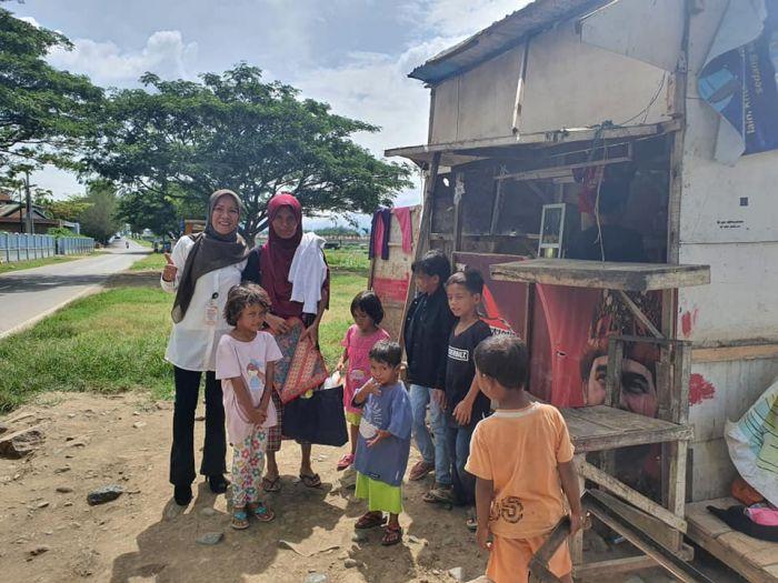 'Teriris hatiku', PNS Bertemu Sahabatnya yang Janda 7 Anak Hidup Susah sebagai Pemulung