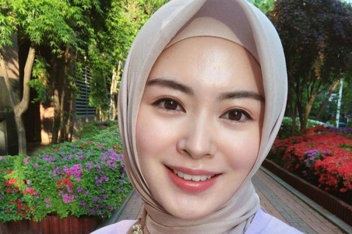 4 Macam Senyuman yang Bikin Perempuan Tambah Cantik