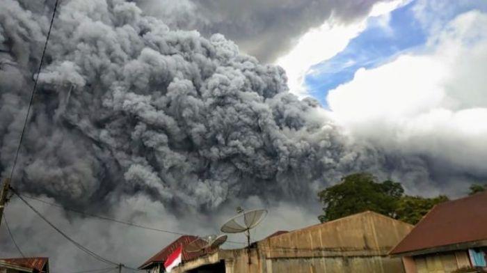 Kesaksian Warga Saat Erupsi Gunung Sinabung, Suasana Seperti Kota Mati