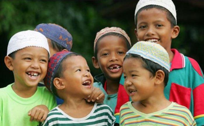Sikap Mulia Rasulullah SAW Saat Bersama dengan Anak-anak yang Patut Diterapkan