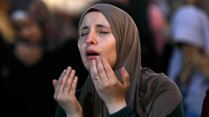 Nabi Muhammad SAW Larang Doa yang Dipanjatkan dengan Cara Seperti ini