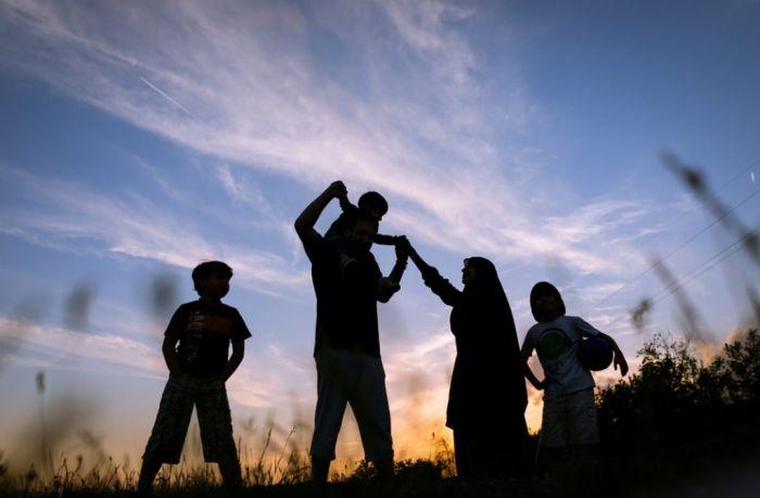 Bisakah Keluarga di Dunia Saling Mengenal dan Berkumpul Bersama di Akhirat?