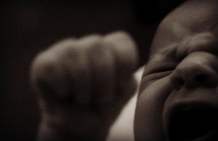 Bagaimana Status dan Nasib Anak yang Hamil di Luar Nikah?