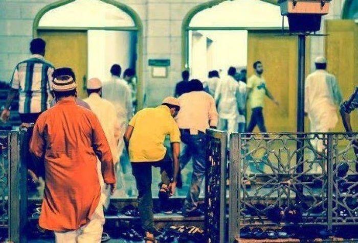 Doa Masuk Masjid Beserta Adab dan Etikanya Seperti yang Diajarkan Nabi Muhammad
