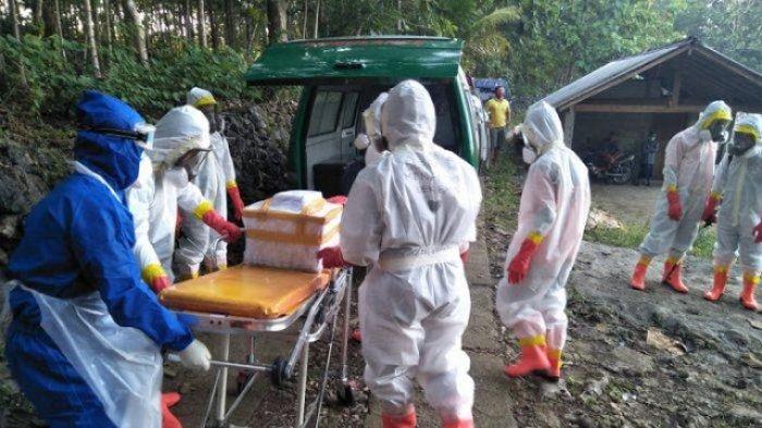 Pemakaman Bayi PDP Corona Banjir Air Mata, Petugas Tahan Tangis Saat Adzani Jenazah