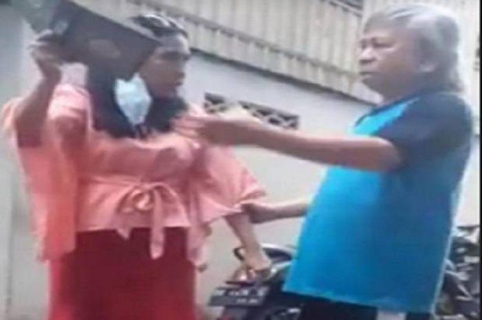 Wanita Makassar Ngaku Yahudi, Banting dan Ancam Robek Al Quran